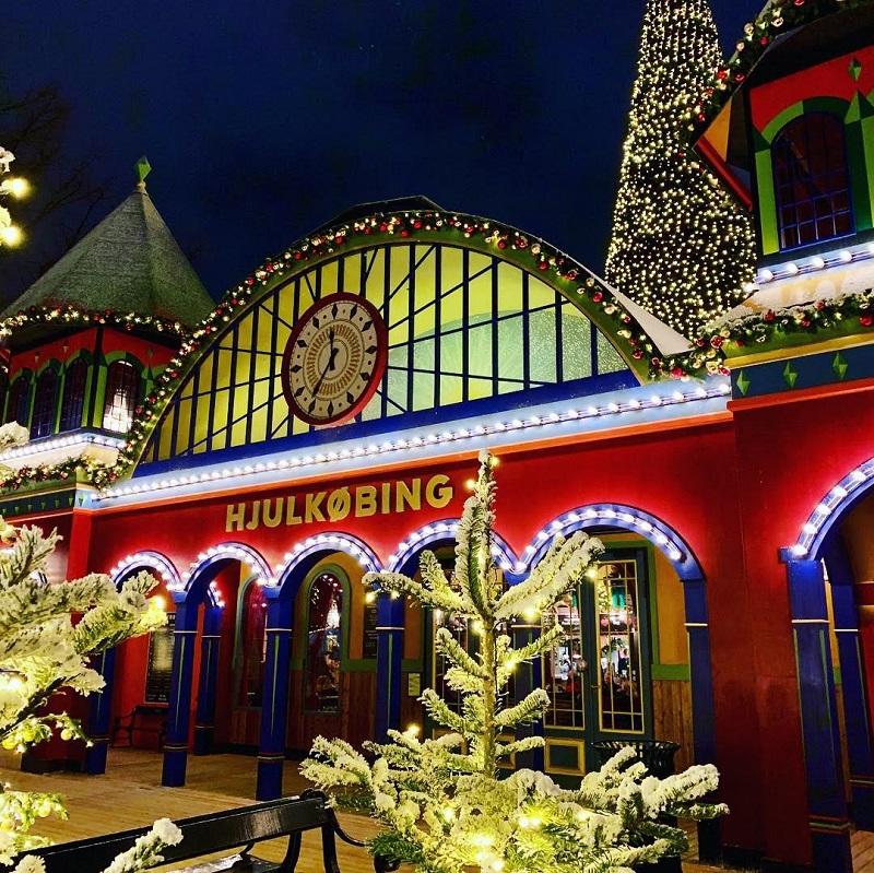 Things To Do In Copenhagen In Winter Tivoli Gardens Christmas Market